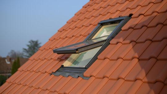 Comment réussir l'installation d'une fenêtre de toit?